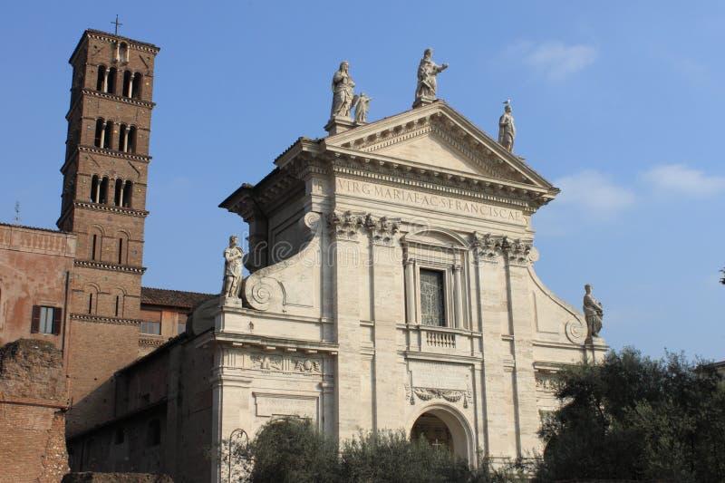 Saint Francesca Romana Basilica em Roma imagens de stock
