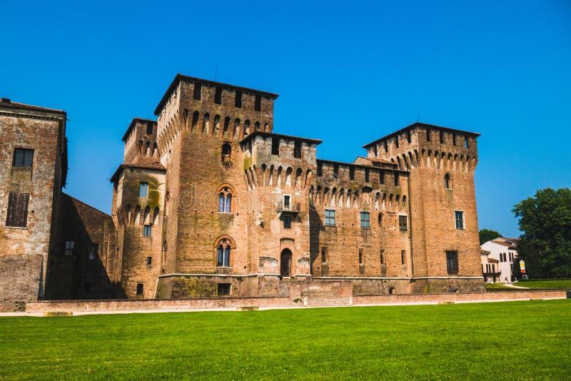 Saint George Castle dans Mantua photographie stock libre de droits