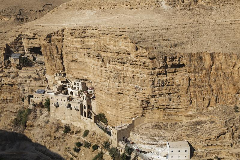 Saint George Hozevit klooster in de woestijn van Judea, stock foto