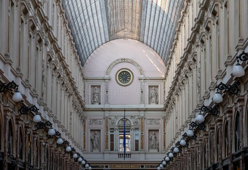 Saint Hubert, Bruxelles, Belgique de Galeries Royales Arcades de achat haut de gamme du 19?me si?cle fleuries au centre de Bruxel images stock