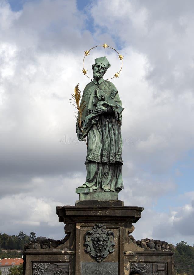 Saint John de Nepomuk, Charles Bridge, Prague, République Tchèque photographie stock