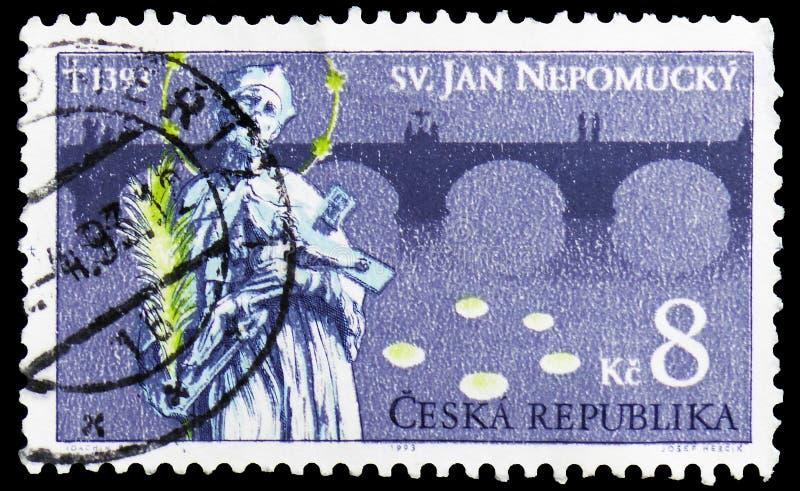 Saint John de Nepomuk y Charles Bridge, Praga, 600o aniversario de la muerte de St John del serie de Nepomuk, circa 1993 imágenes de archivo libres de regalías