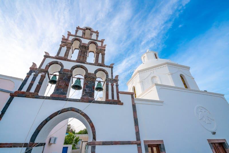 Saint John na ilha de Santorini em Gr?cia, um dos destinos os mais bonitos do curso do mundo Lugar Karterados fotos de stock