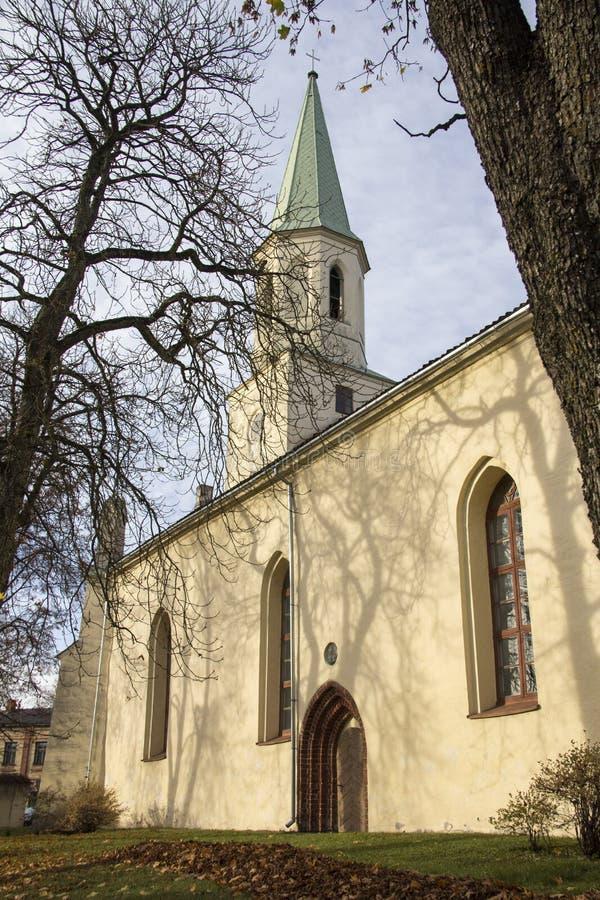 Saint Katerina Evangelical Lutheran Church dans Kuldiga Lettonie image libre de droits