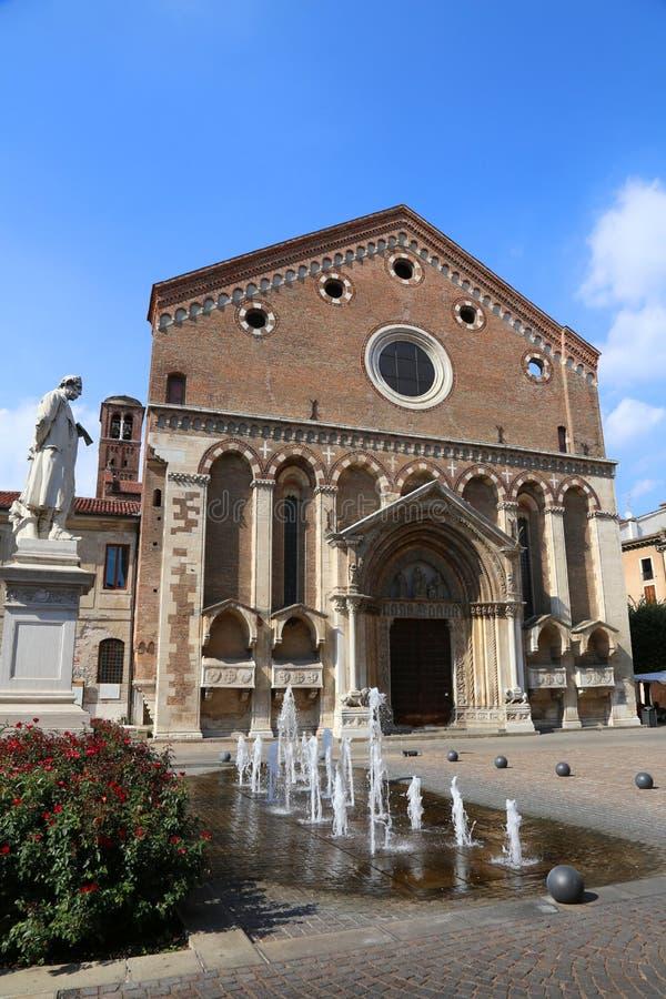 Saint Lawrence Church dans la ville historique de Vicence en Italie images stock