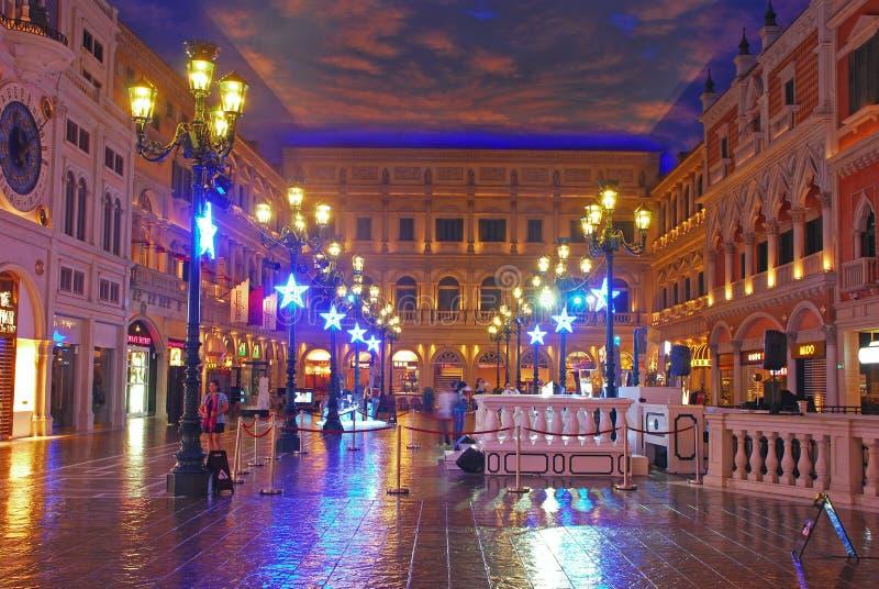 Saint Marco Square no shopping em Macau Venetian foto de stock