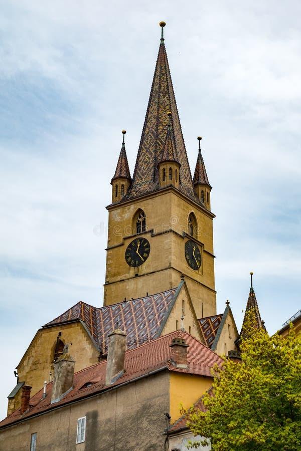 Saint Mary Lutheran Cathedral dans la ville de Sibiu, Roumanie photo libre de droits