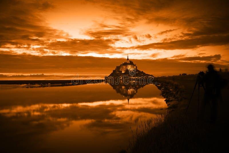 Saint Michel al tramonto, Francia di Mont fotografia stock