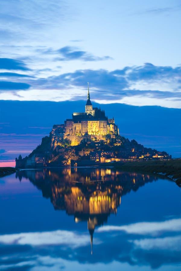 Saint Michel al tramonto, Francia di Mont fotografia stock libera da diritti