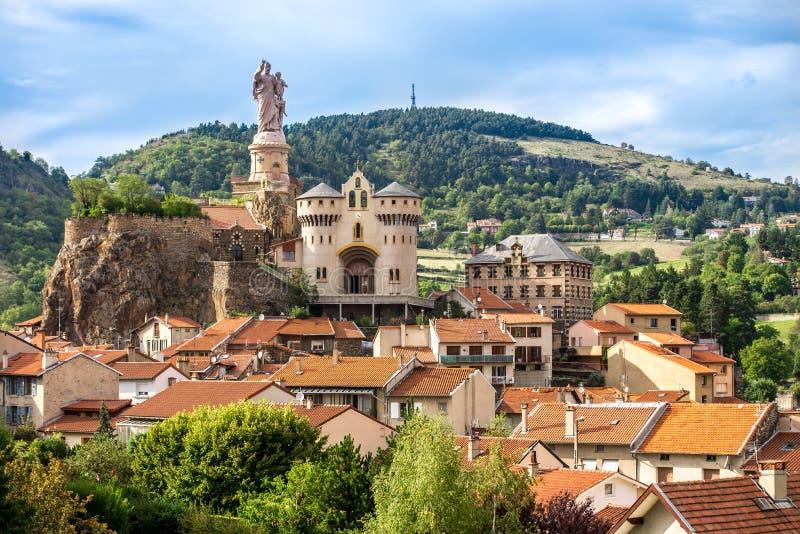 Saint Michel D Aiguilhe in Le Puy Engelse Velay frankrijk royalty-vrije stock afbeelding