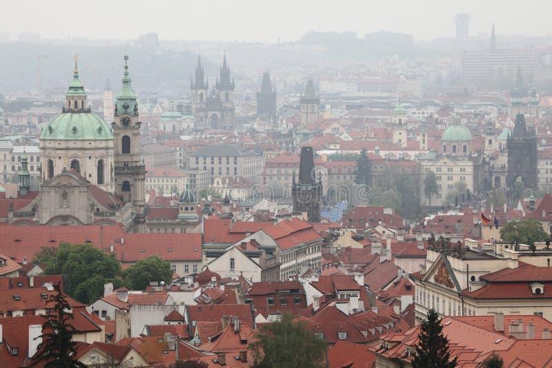 Download Saint Nicholas Church Et église De Tyn à Prague, République Tchèque Photo stock - Image du landmark, panorama: 76075096