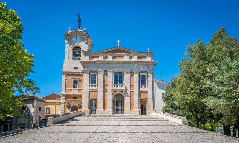 Saint Paul Cathedral na acrópole de Alatri, província de Frosinone, Lazio, Itália central fotografia de stock