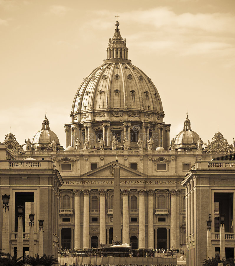 Saint Peter's dome royalty free stock images