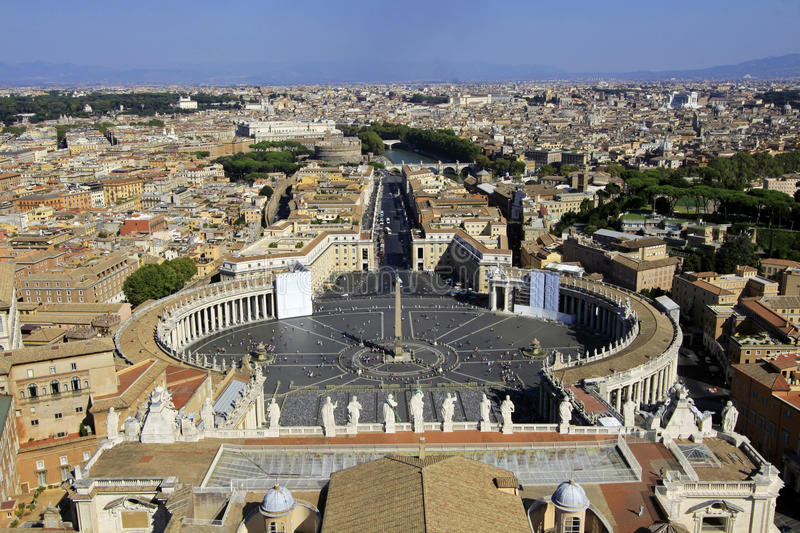 Download Saint Peter's Square, Vatican City, Rome, Italy Stock Photo - Image: 21703216
