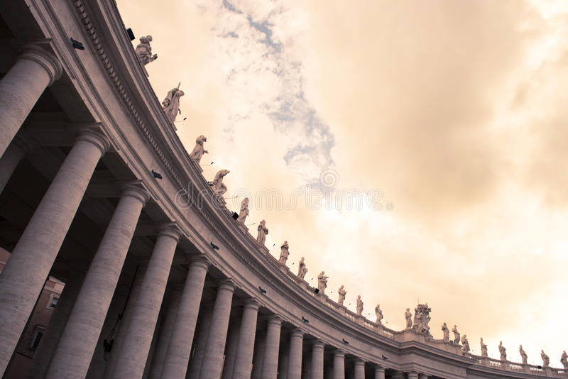 Download Saint Peter's Statues stock image. Image of large, impressive - 31401339