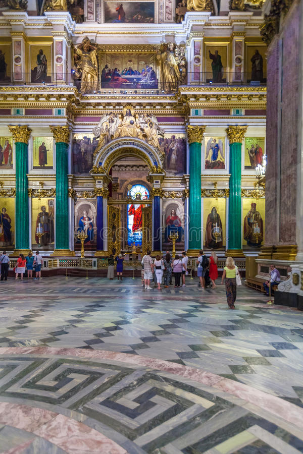 SAINT PETERSBURG, RUSSIA - JULY 26, 2014: Tourists in the inter royalty free stock photo