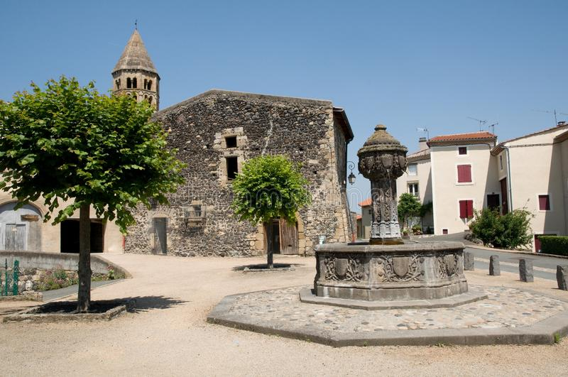 Saint Saturnin, France image stock