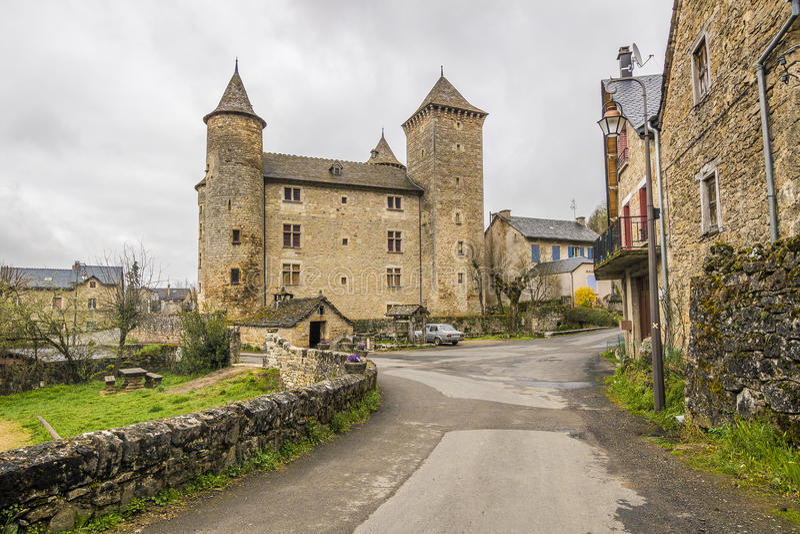 Saint Saturnin-sur Tartaronne, Frankreich lizenzfreies stockfoto