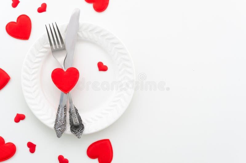 Saint-Valentin, le 8 mars ou concept romantique de dîner de proposition de mariage Copiez l'espace pour le texte Plat avec des co images libres de droits