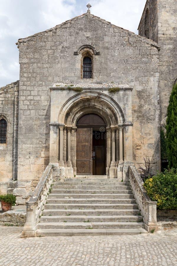Saint Vincent Church, vila medieval de Les Baux de Provence, fotos de stock
