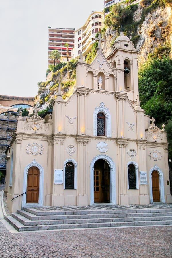Sainte-dedique la capilla en Mónaco imagen de archivo