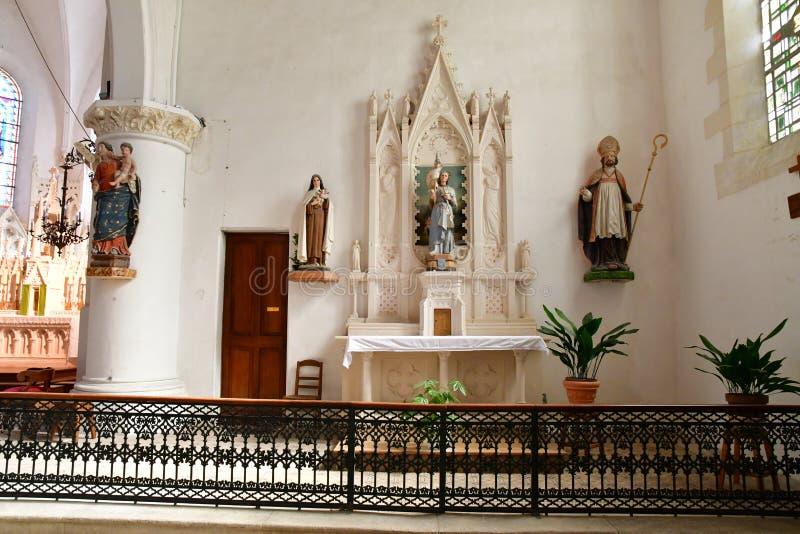 Sainte Maria De Ponowny Francja, Wrzesień, - 25 2016: Notre Damae chur obrazy royalty free