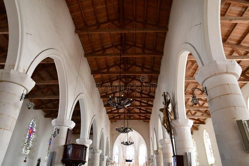 Sainte Marie de Re, Frankrike - september 25 2016: Notre Dame chur royaltyfri bild