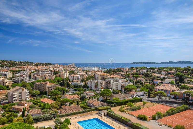 Sainte-Maxime-Stadtpanoramaansicht lizenzfreie stockbilder
