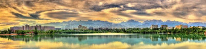 Sairan rezerwuar w Almaty, Kazachstan - obraz royalty free