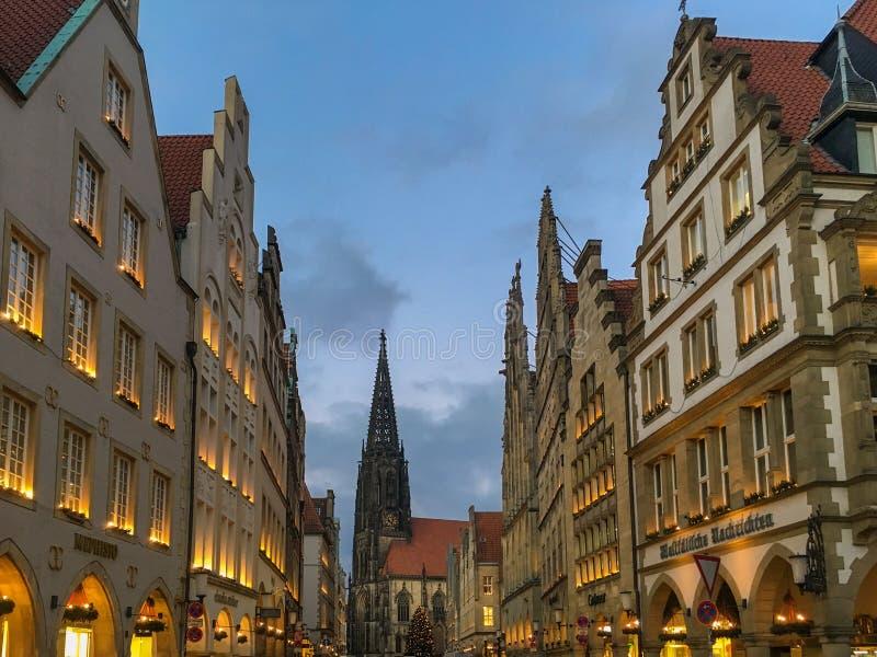 Saison d'avènement chez Prinzipalmarkt à Muenster, Allemagne photos libres de droits
