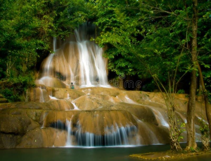 Saiyok Wasserfall stockfoto
