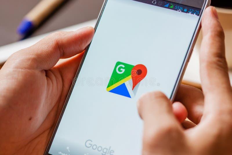 Sakon Nakhon, THAILAND - August 1,2017: Kein Google Maps-forSamsung lizenzfreie stockfotos