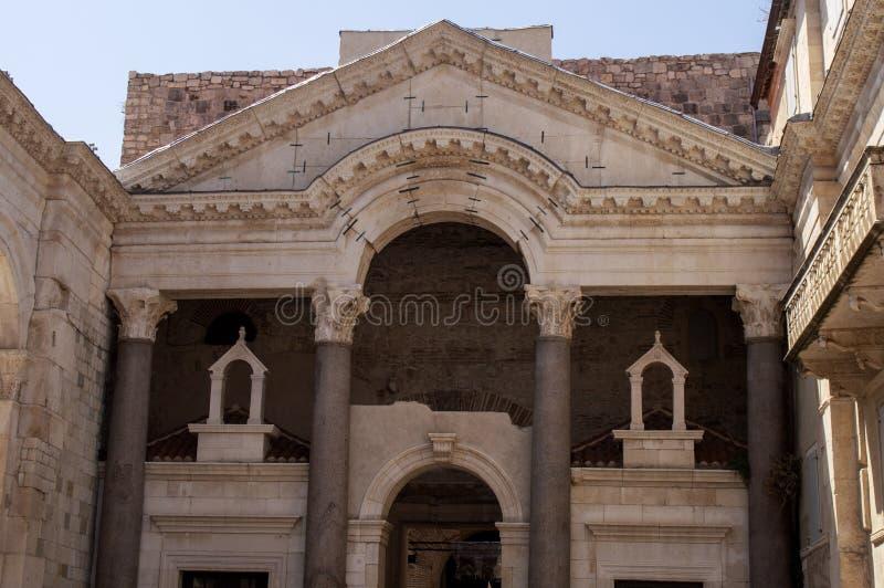 Sakral byggnad för kroat arkivbild