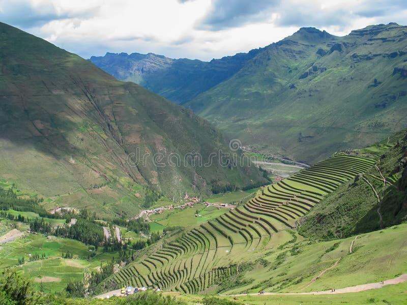 Sakral dal av Incas i Peru royaltyfria bilder