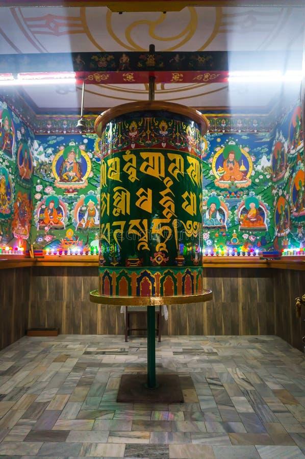 Sakral vals för buddist i uppehållet av Dalai Lama arkivbild