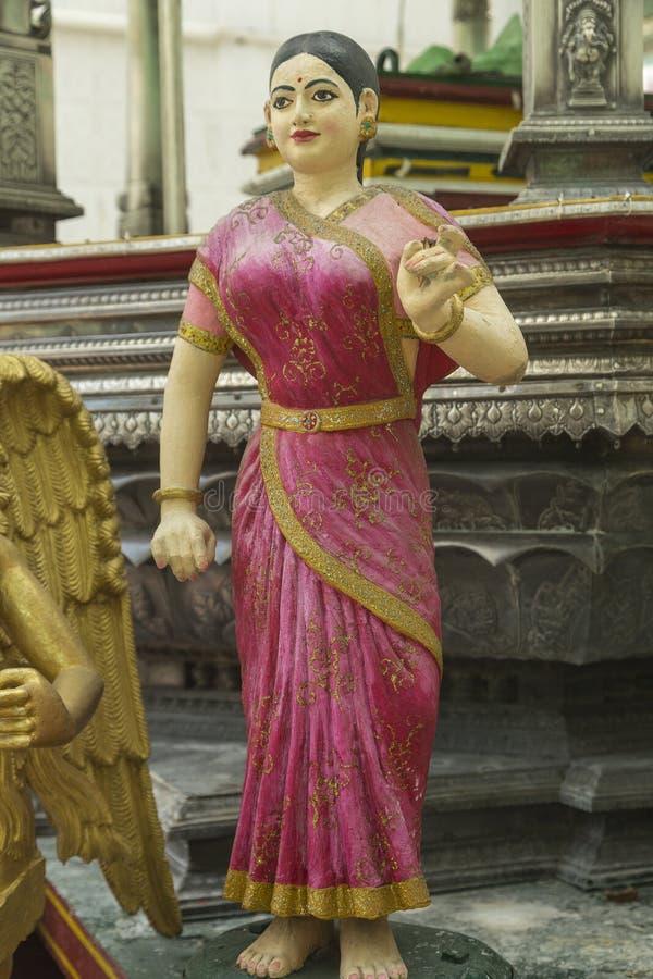 Sakrale Skulptur am hindischen Tempel stockfotografie