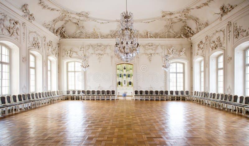 Salão de baile de grande salão no palácio de Rundale imagens de stock royalty free