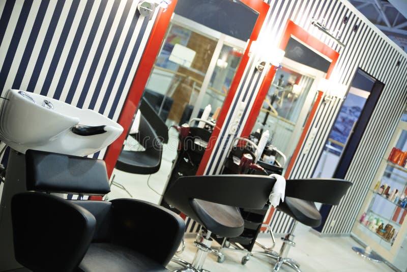 Salão de beleza moderno do hairdressing foto de stock royalty free