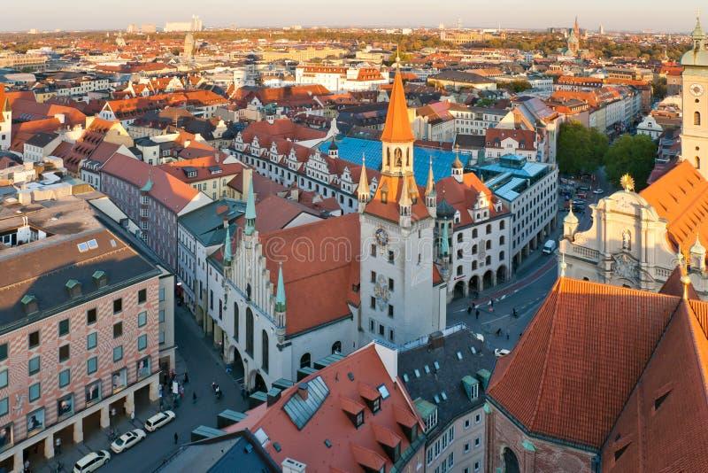 Salão de cidade velho de Munich foto de stock