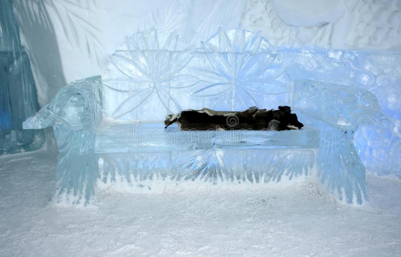 Salão de entrada interior do hotel do gelo de Quebeque fotos de stock