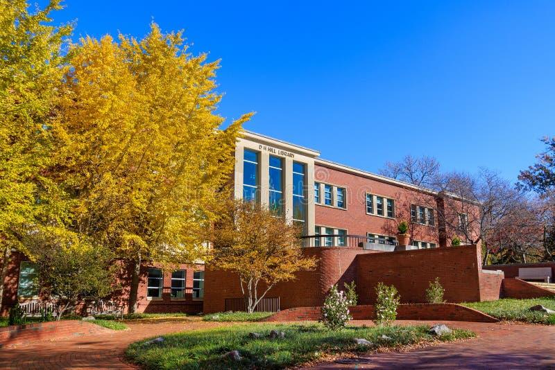 Salão de Residência do Norte na NCSU imagem de stock royalty free