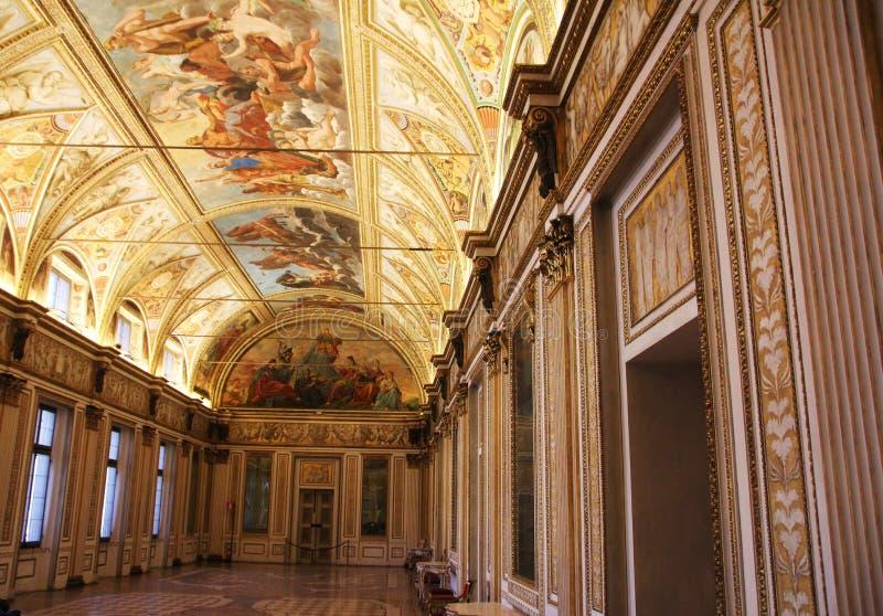 Salão decorado com fresco no museu Palazzo Te em Mantova, Itália fotos de stock royalty free