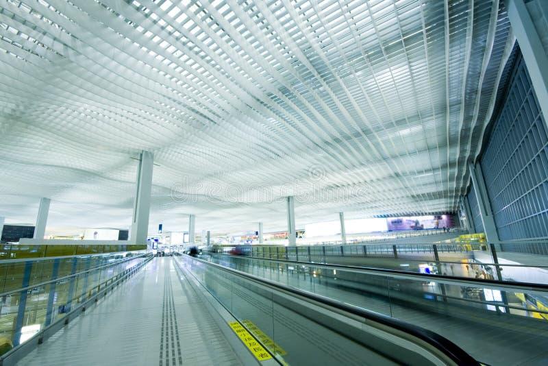 Salão do cano principal do aeroporto de Hong Kong. foto de stock royalty free