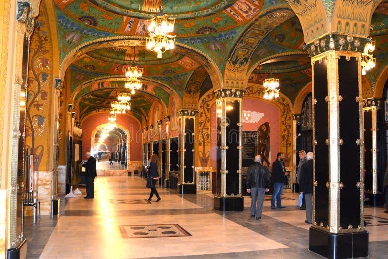 Salão do Palast da cultura em Targu-Mures, Romênia fotografia de stock