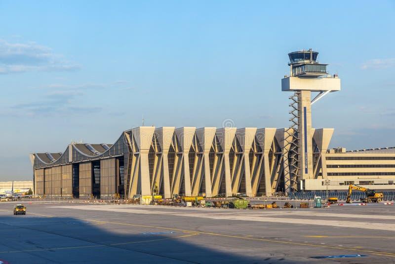 Salão grande da manutenção de aviões foto de stock royalty free