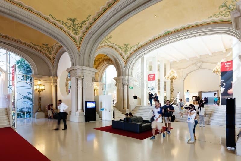Salão principal de Art Museum nacional de Catalonia foto de stock royalty free