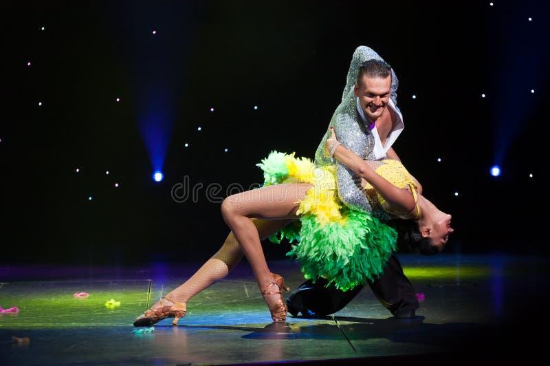 Salón de baile latino imagen de archivo