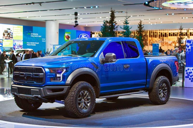 Salón del automóvil 2015 de Ford Raptor Pickup Truck Detroit foto de archivo