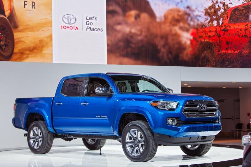Salón del automóvil 2015 de Toyota Tacoma Detroit fotografía de archivo libre de regalías