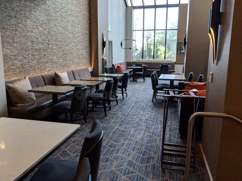 Salón ejecutivo abierto del espacio de oficina de Coworking foto de archivo